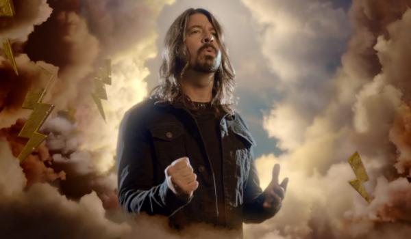 Dave Grohl, Lorde, Pharrell y más hacen cover de Beach Boys (video)