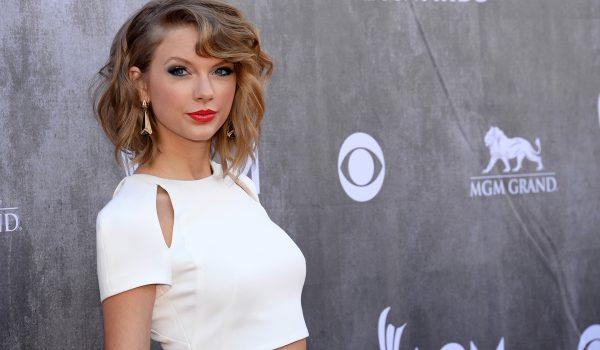 Taylor Swift llega a #1 en las listas de Canadá con 8 segundos de ruido blanco