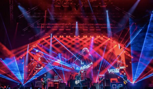 Foo Fighters y Weezer gestaron una catarsis masiva en el Estadio Nacional
