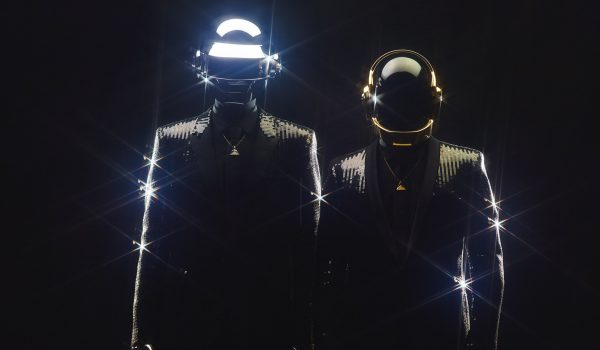 Daft Punk anuncia su separación (Video)