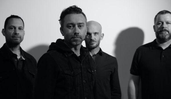 Rise Against anuncia nuevo EP en vivo y comparte sencillo: «Talking to Ourselves» (Audio)